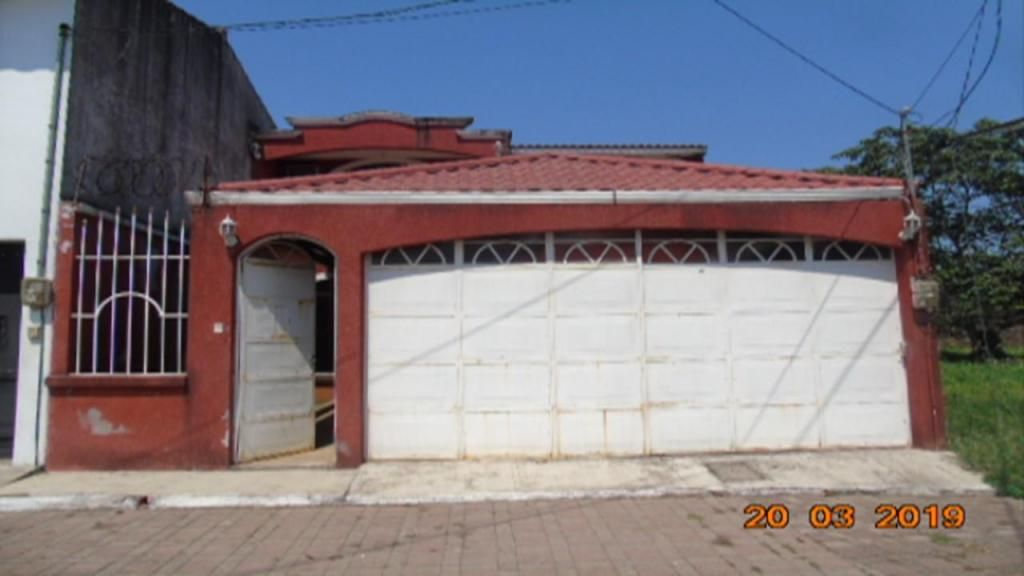 Vendo casa en Coatepeque