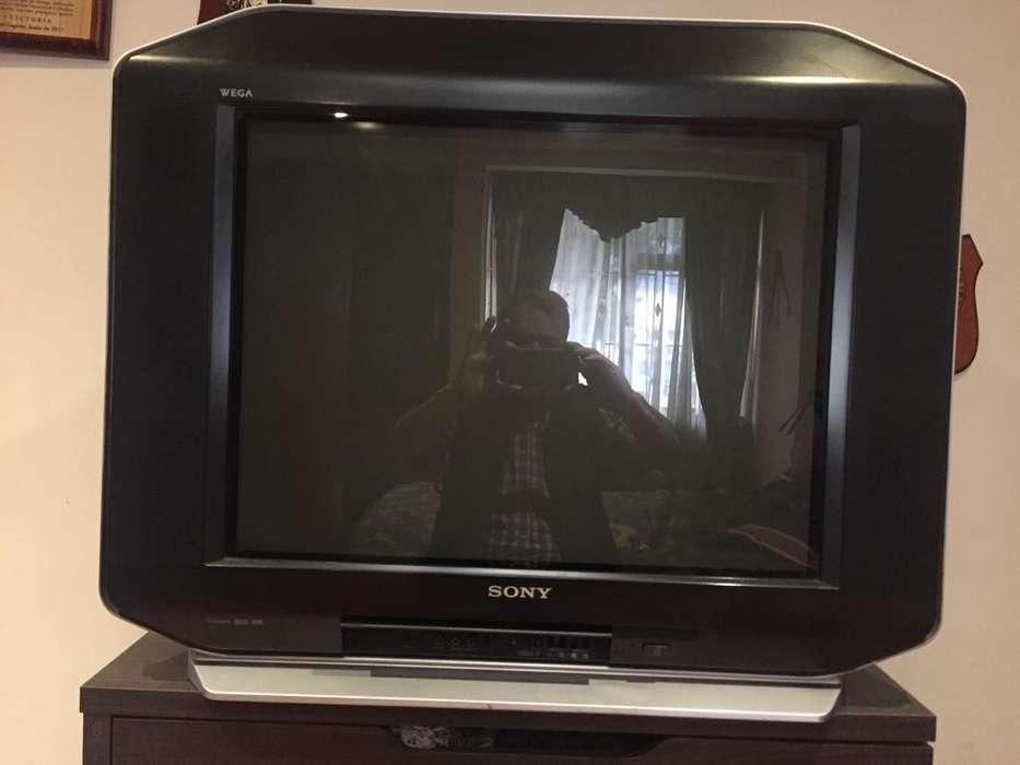 <strong>televisor</strong> Sony wega triniton