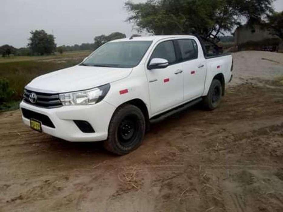 Toyota Hilux 2016 - 72000 km