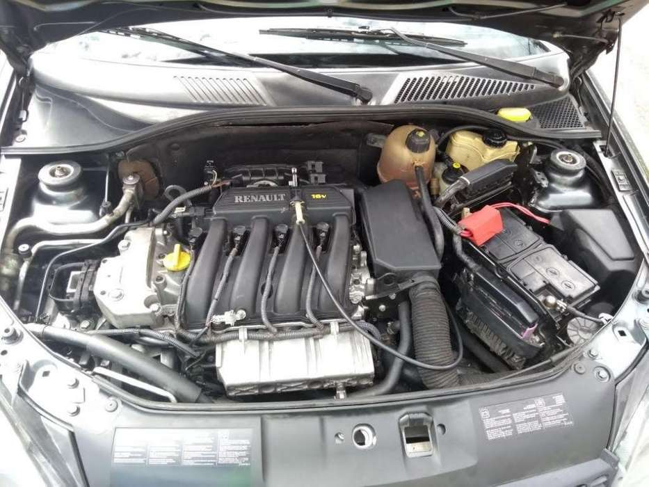 Renault Clio  2011 - 87000 km