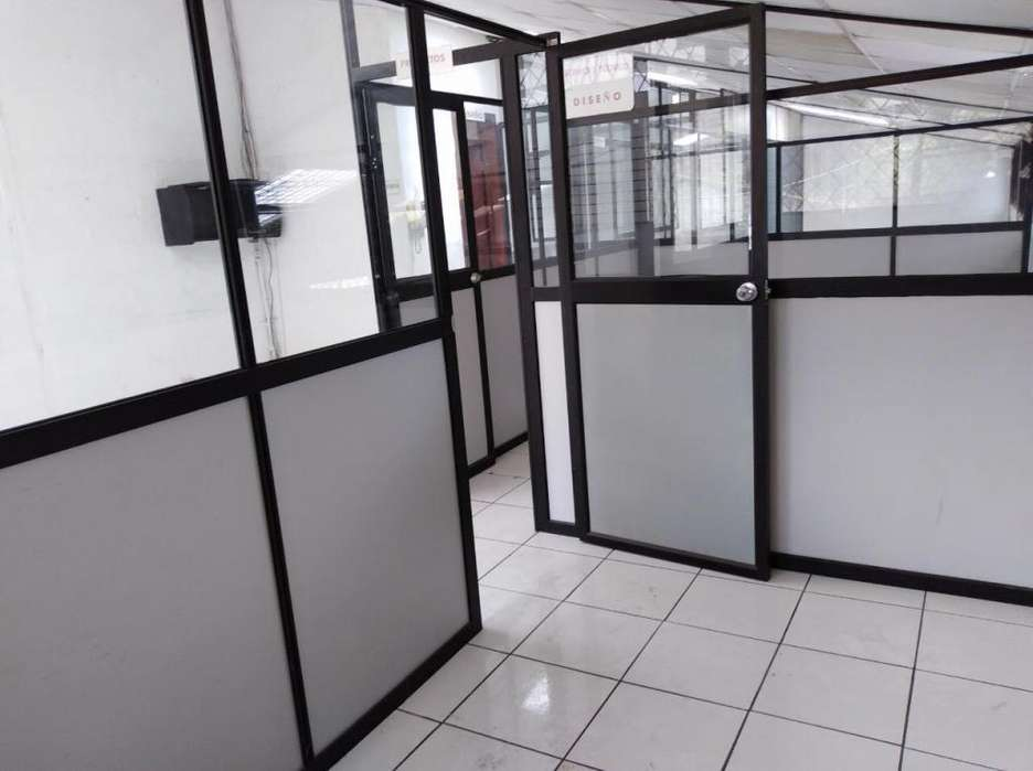 Alquiler bodega taller oficinas terreno Norte de Quito Ponceano bajo
