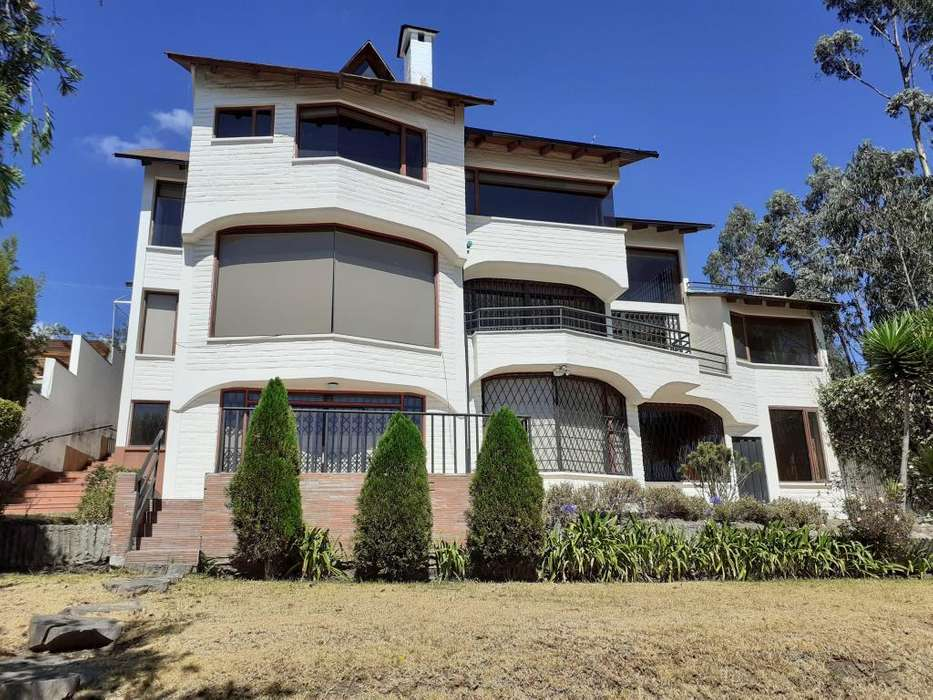 Arriendo Hermosa casa - Campo Alegre