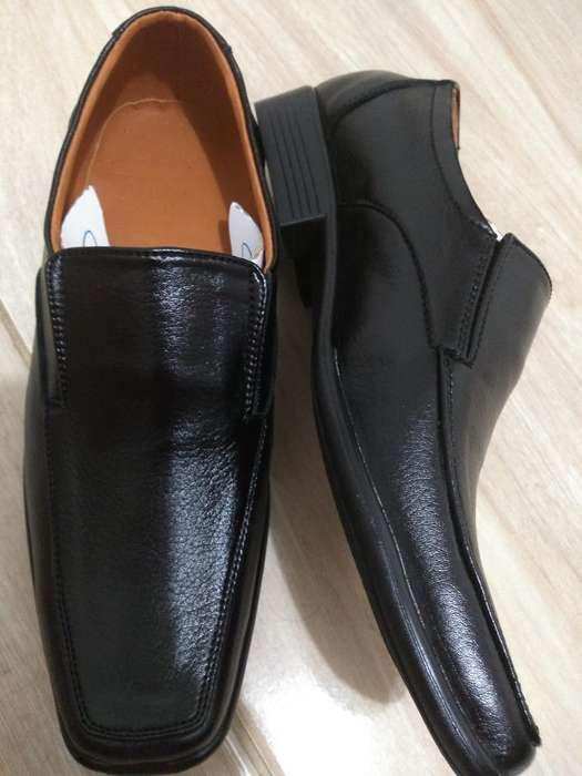 Hermosos Zapatos en Cuero Talla 38-39