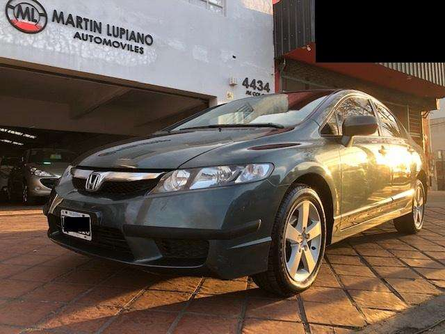 Honda Civic 2009 - 104000 km