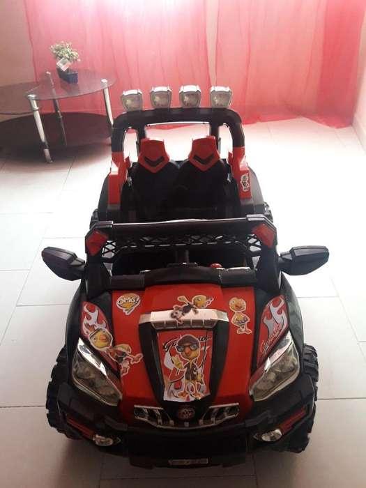 Vendo Carro de Bateria con Control Remot