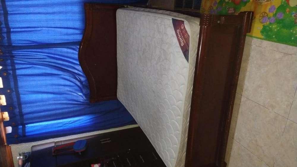 Juego de alcoba cama doble en madera WhatsApp 3118020277