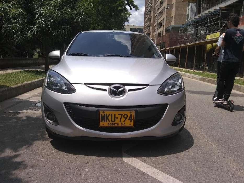Mazda 2 2013 - 80500 km