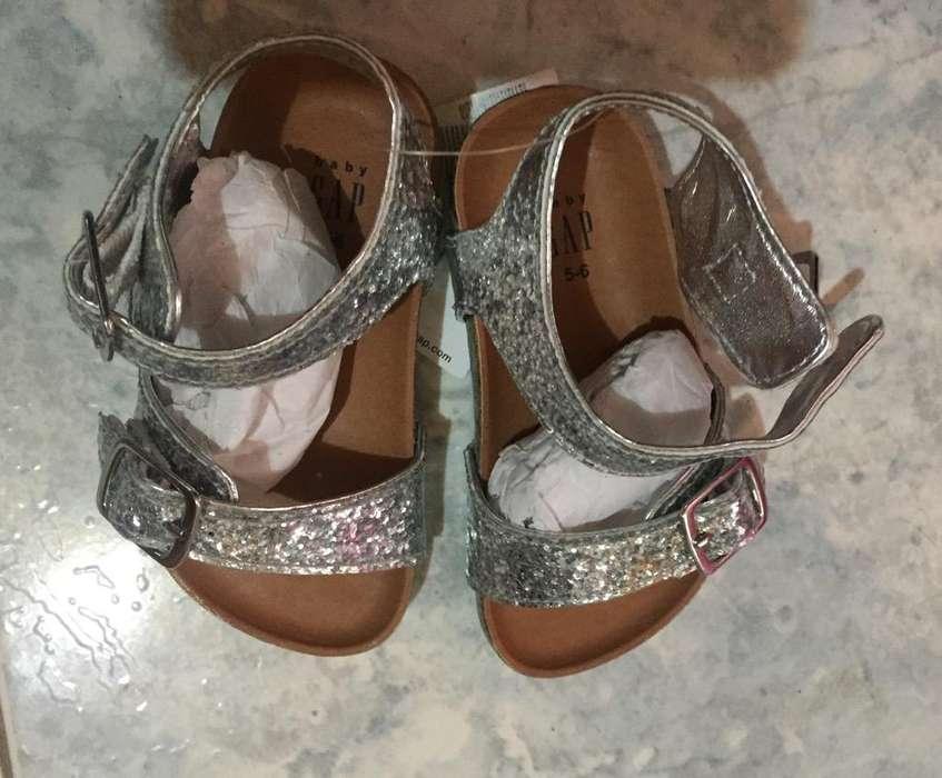Sandalias de Niña Talla 24