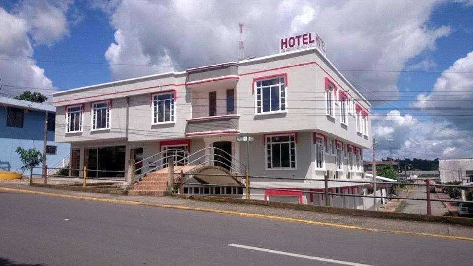 VENDO HOTEL CANTON LORETO ZONA TURISTICA