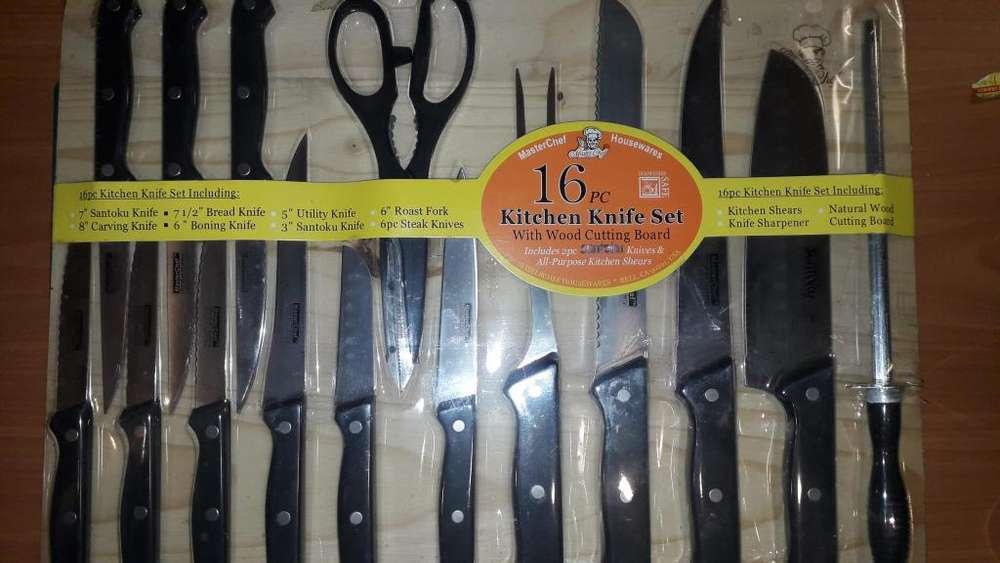 Set de 16 cuchillos parrilleros