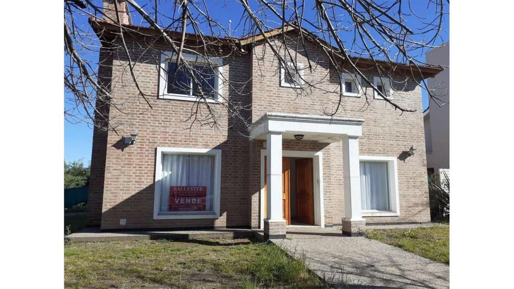 Casa En Valle Escondido-cordoba 100 - UD 280.000 - Casa en Venta