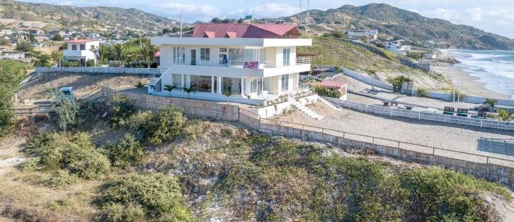 Se vende Hermosa Casa Frente al Mar, Santa Marianita, Manta, Ecuador