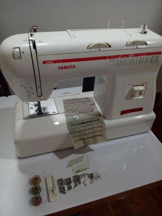 Maquina de coser YAMATA FY 920