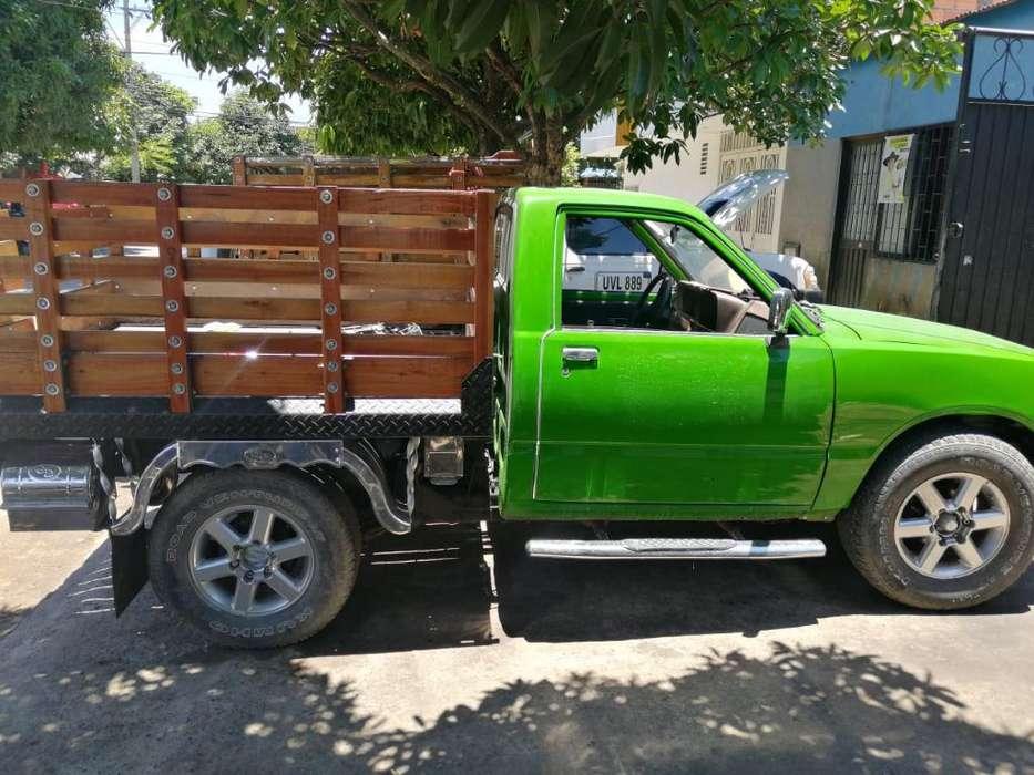 Chevrolet Luv 1988 - 100000 km