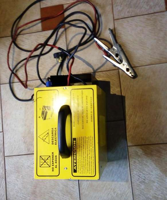 Cargador - Arrancador De Baterias ALFER 40/400
