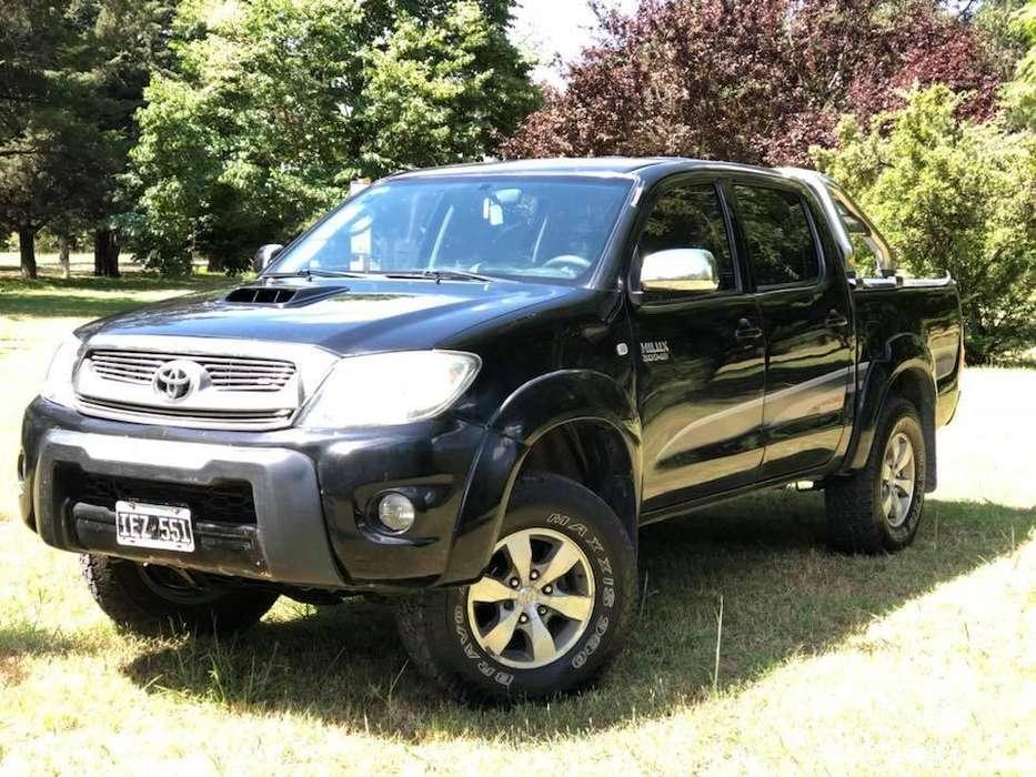 Toyota Hilux 2009 - 190000 km