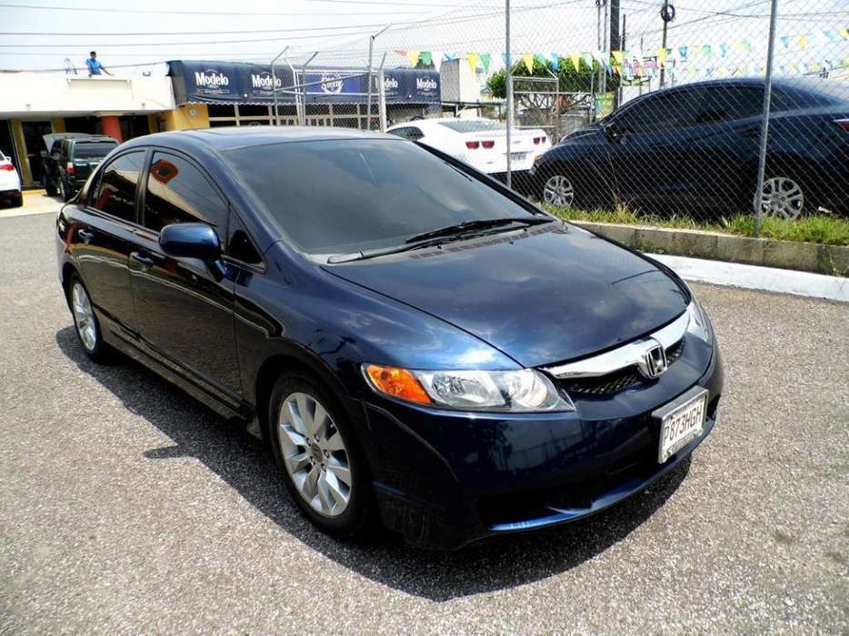 Honda Civic 2009 - 79000 km