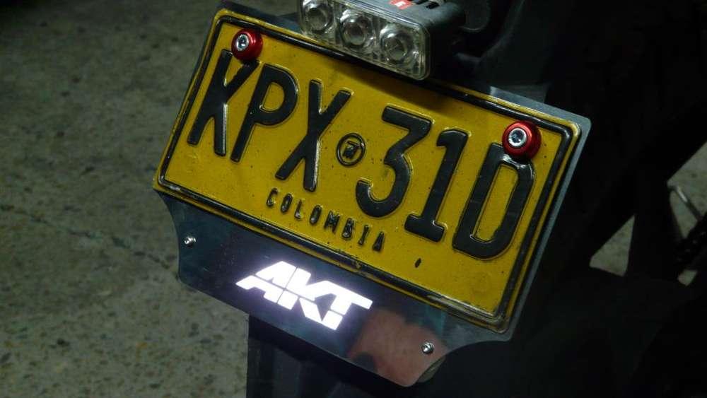 Porta Placa LED de Lujo para tu Motocicleta