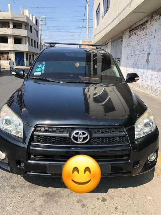 Toyota RAV4 2011 - 49397 km