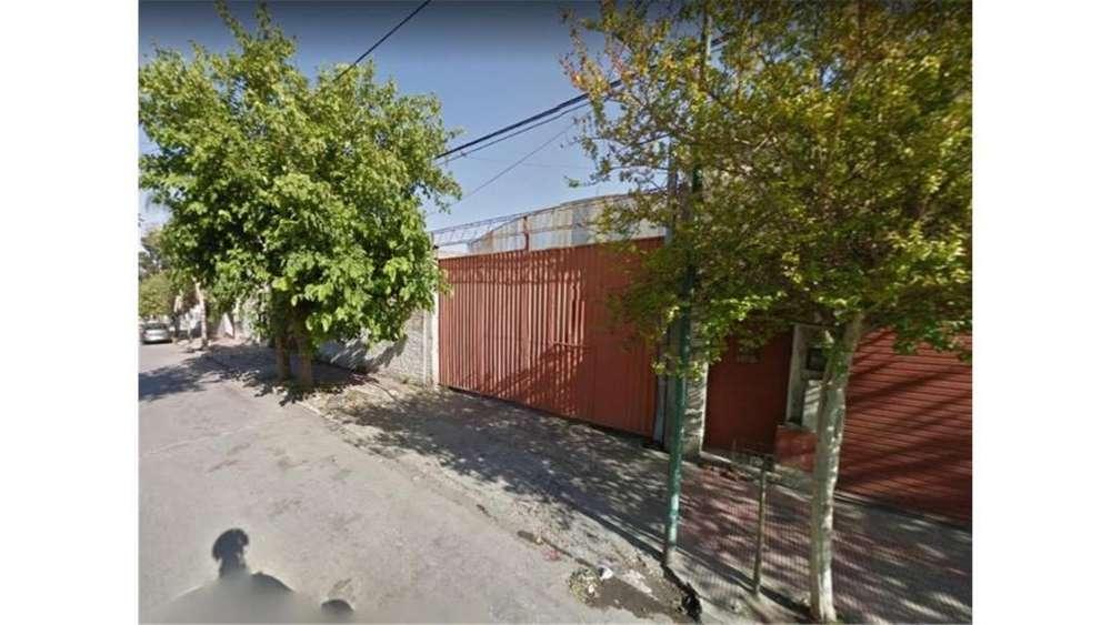Charcas 2335 - UD 120.000 - Galpón en Venta