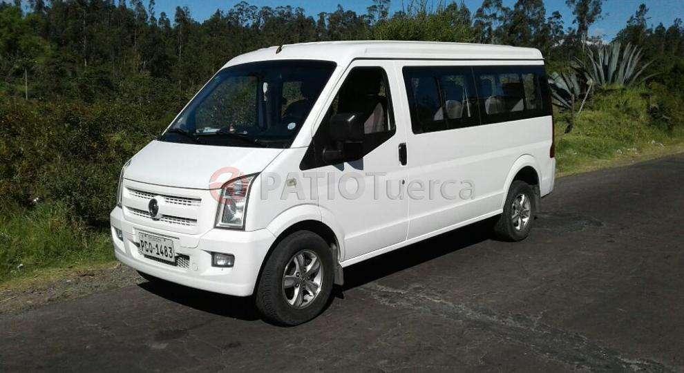 furgoneta 11 pasajeros alquilo barata