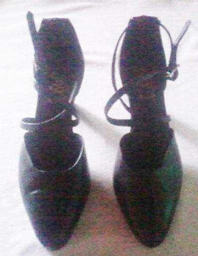 Zapatos de tango, Salsa o Folcklore con <strong>pulsera</strong> Se permuta