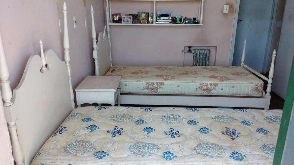 JUEGO DE <strong>dormitorio</strong> INFANTIL. DOS CAMAS COLONIAL ESPAÑOL.