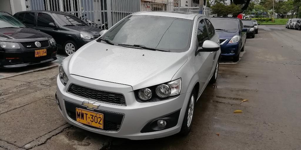 Chevrolet Sonic Lt Full 2013