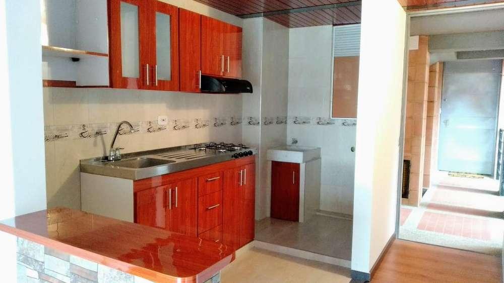 Acogedor Apartamento En Arriendo La Calera Encortinado En Conjunto Cerrado Con Parqueadero Cubierto