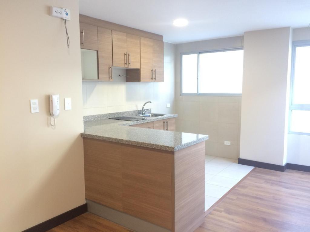 Venta suite nueva UTE RUMIPAMBA Burgeois Parque Teresa Cepeda