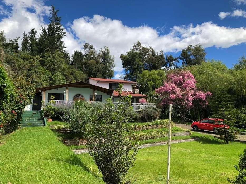Venta Casa Club Los Chillos por remodelar o terreno para proyecto inmobiliario