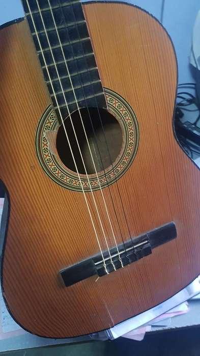 Guitarra para Reparar