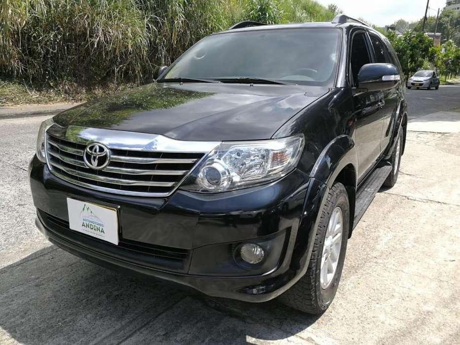 Toyota Fortuner 2013 - 62000 km
