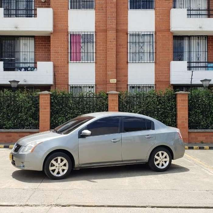Nissan Sentra 2008 - 82000 km