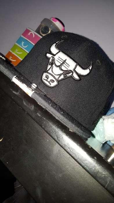 Se Vende Gorra Original de Los Bulls