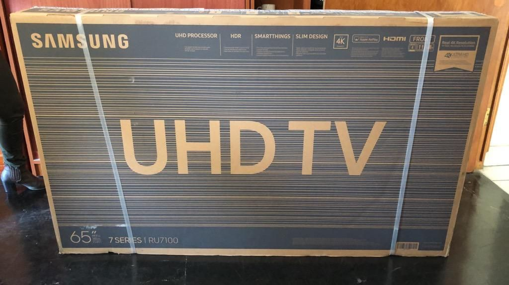 """Tv Samsung 65"""" Ru7100 - Nuevo"""