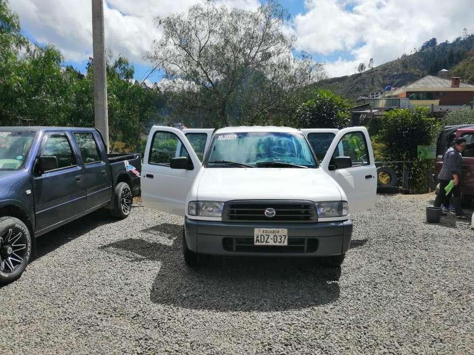 Mazda B 2200 2003 - 12000 km