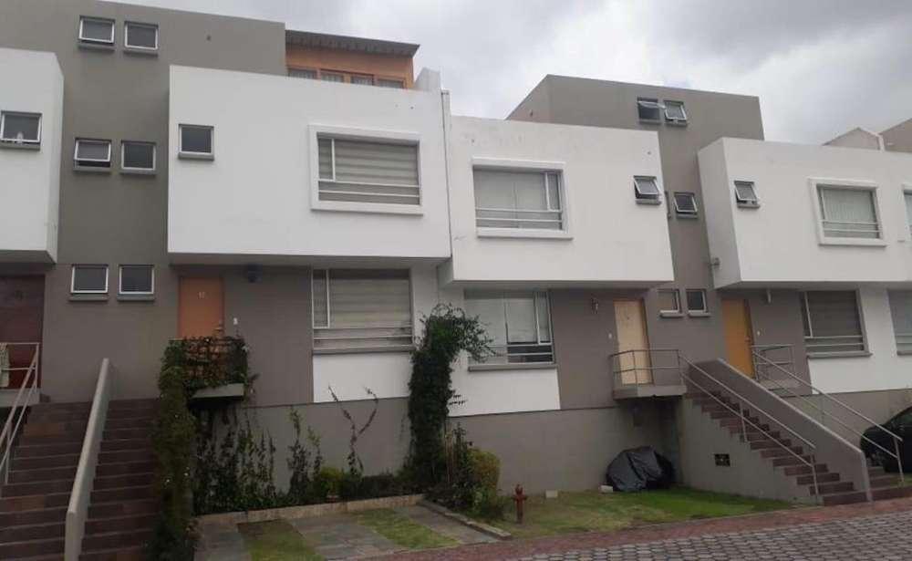 Balcones del Norte casa en venta 4 habitaciones 4 baños2 parq 180 m2