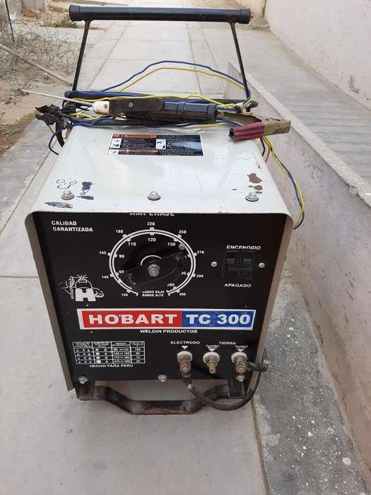 Vendo Maquina de Soldar Hobart 300