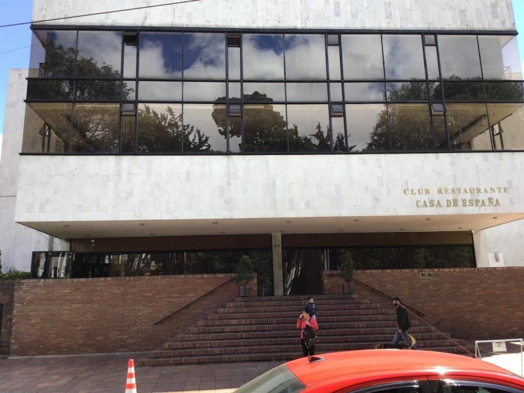 92118 - Excelente Edificio Club en Arriendo.