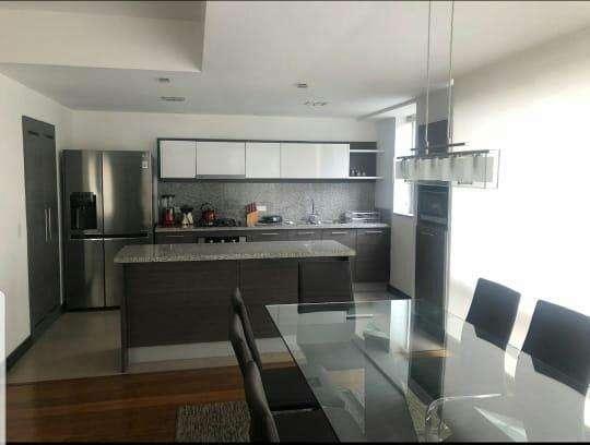 Renta, alquiler hermoso departamento 2 dormitorios en la Gonzalez Suárez, Centro Norte de Quito