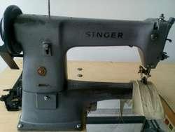 Maquina Guarnecedora Singer