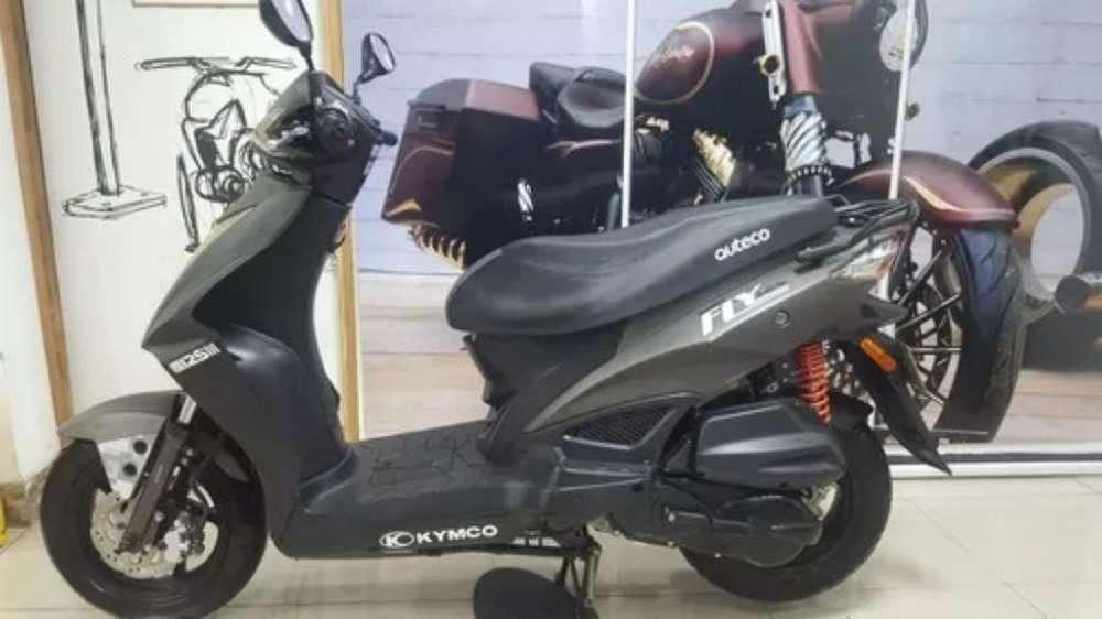 Vendo Moto Auteco Fly 125 para Reparació