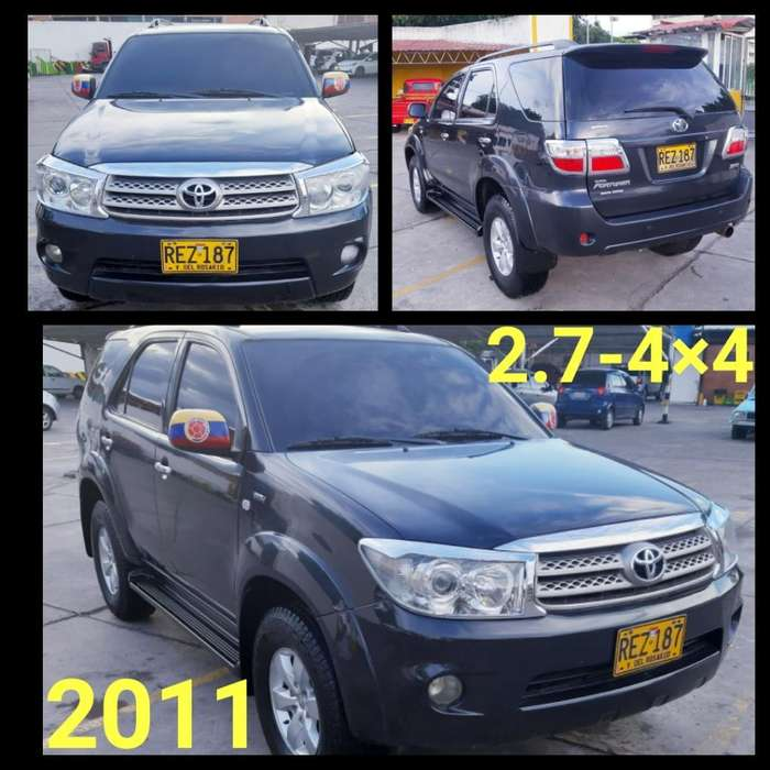 Toyota Fortuner 2011 - 100000 km