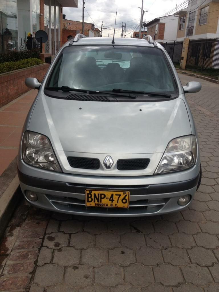 Vendo Permuto Linda Renault Scenic 2003