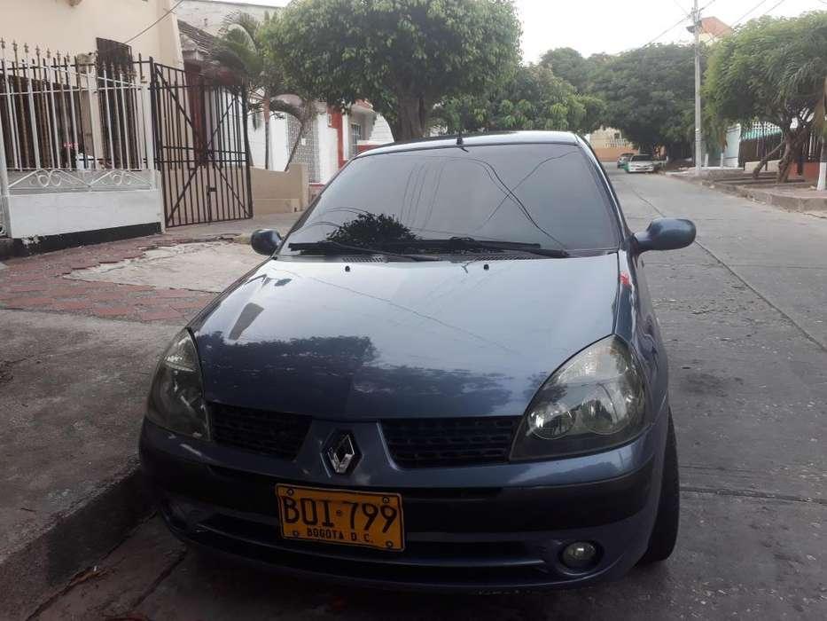 Renault Clio  2004 - 132000 km