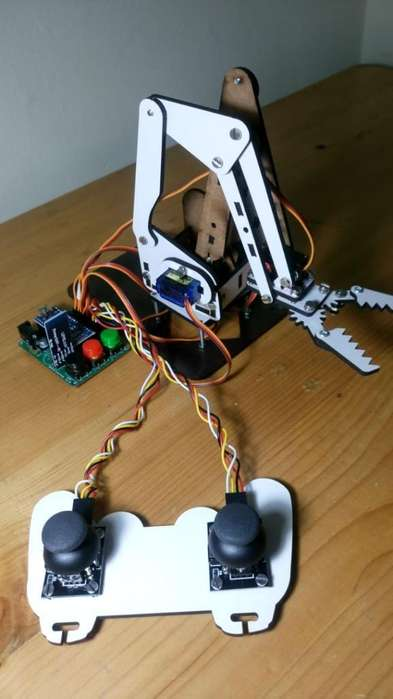 Brazo Robótico Arduino de 4g Libertad