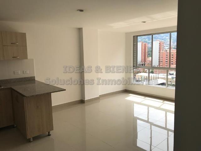 Apartamento En Venta Sabaneta Sector Parque Principal Còdigo:811208