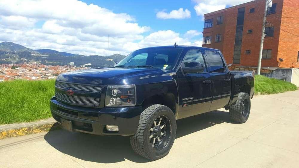 Chevrolet Silverado 2011 - 74000 km