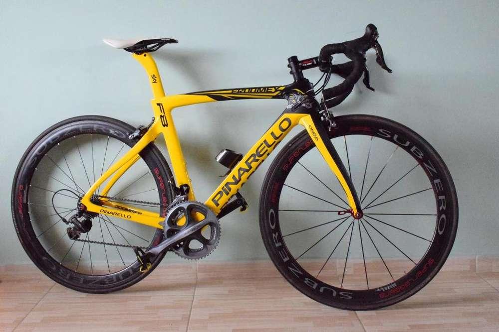 Bicicleta Pinarello F8